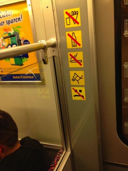 fresse-ziehen-verboten-U8-Richtung-Wittenau-susi