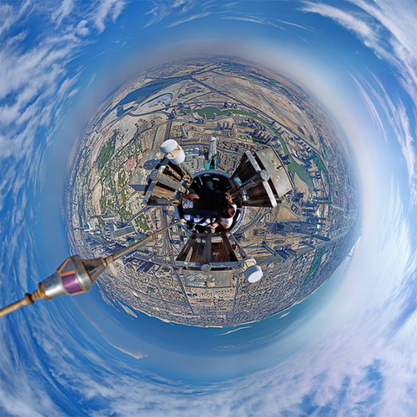 360-degree-panorama-from-atop-the-tallest-building-Burj