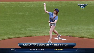 carly-rae-jepsen-laughs-off-awful-first-pitch