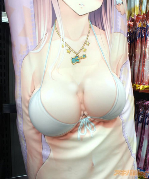 lady-shaped-pillow-covers-3