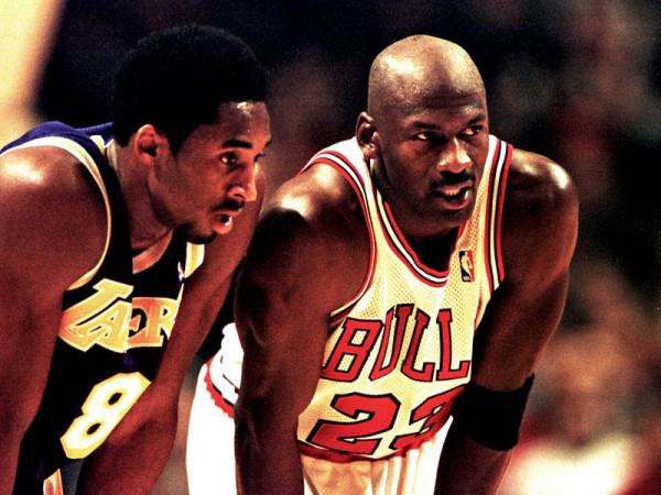 Michael-Jordan-Kobe-Bryant-Chicago-Bulls-1998_2360518