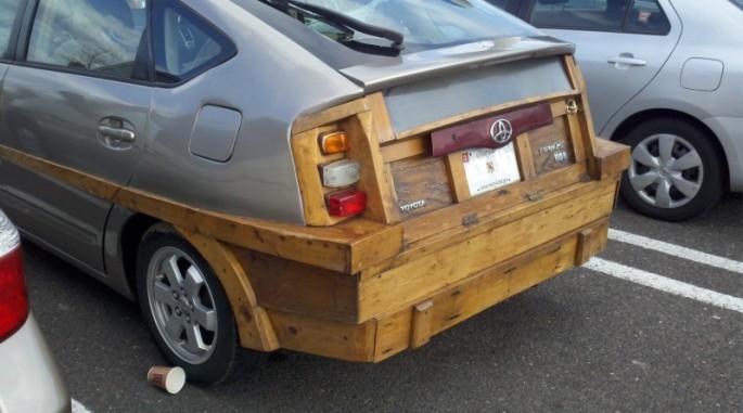 Wooden-Prius-01-685x381
