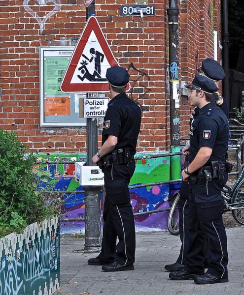 polizei-ausser-kontrolle