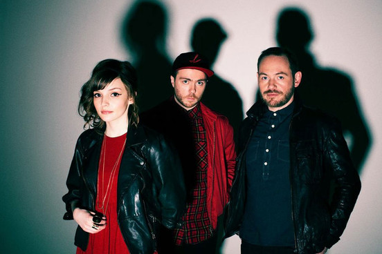2013Chvrches_Press_EliotHazel280513
