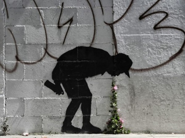 banksy-better-out-than-in-new-street-piece-in-los-angeles-1-620x462