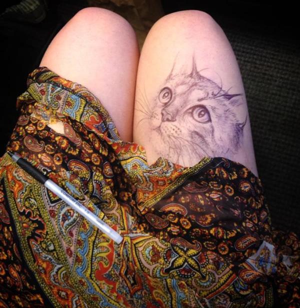 jody-steel-cat-drawing-thigh