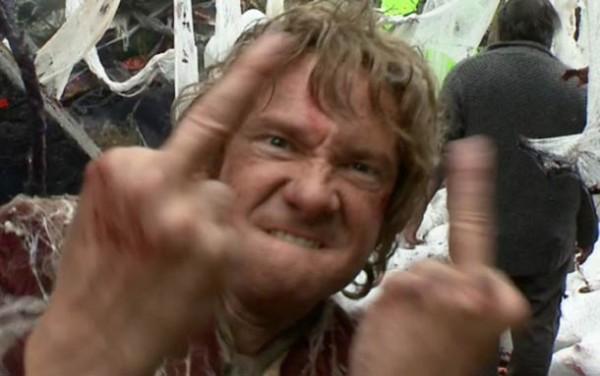 bilbo-martin-freeman-finger-16
