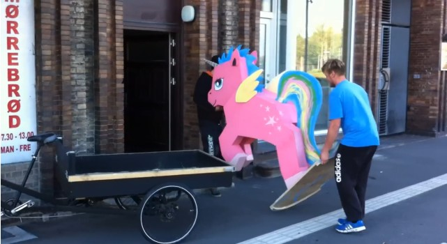 pony-tyven