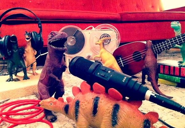 Parents-Bring-Toy-Dinosaurs-To-Life-For-Dinovember-4