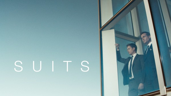 Suits_Logo_BG1