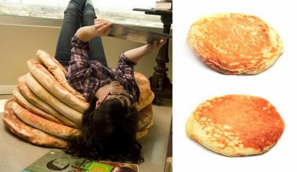 giant-pancake-floor-pillows-xl