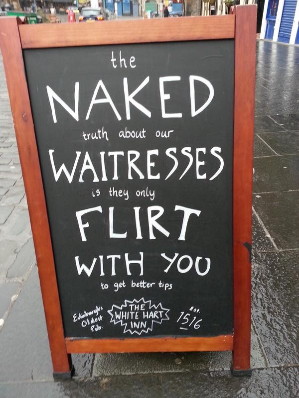 naked-waitresses2_small
