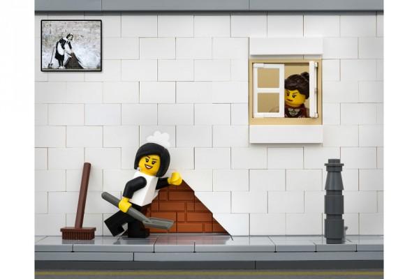 banksy-street-art-lego-jeff-friesen-07-960x640