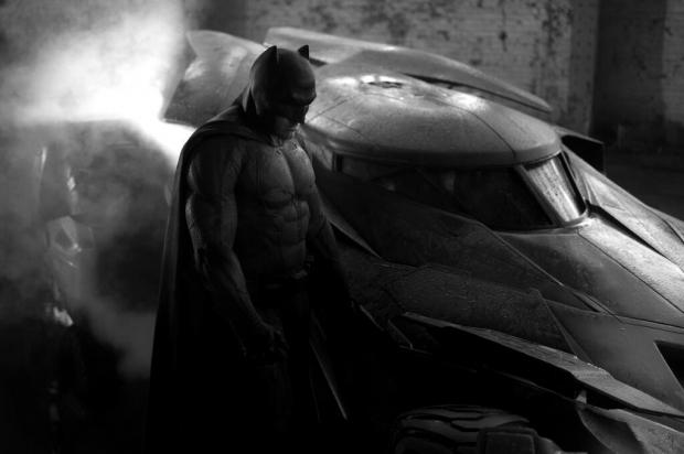 small_ben_affleck_batman (1)