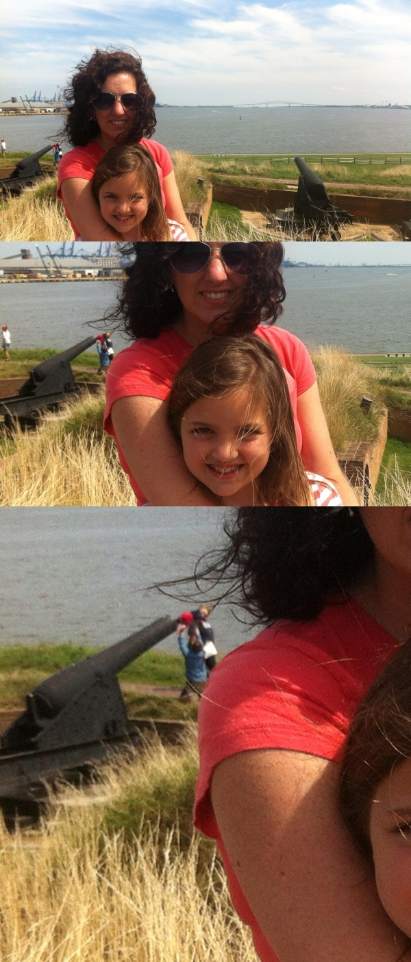 small_baby_in_cannon_photobomb