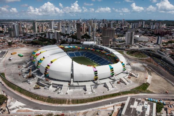 1w1p_29_Casa-Futebol_05_das-dunas_foto-Jobson-Galdino_Arena-das-Dunas-by-Populous-e1405766291364