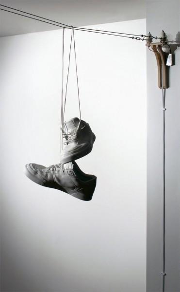 Shoe-Toss_02