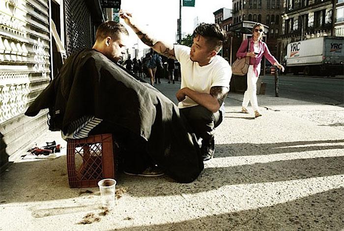 haircuts_homeless_mark_bustos_01