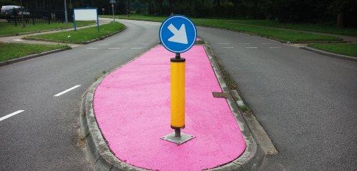 NETHERLANDS-ROAD-PINK