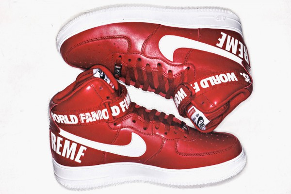 supreme-nike-air-force-1-hi-pack-2-960x640