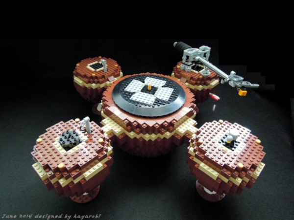 lego-record-player-by-hayarobi-620x465