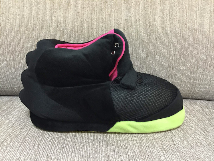 nike-air-yeezy-2-inspired-slippers-2