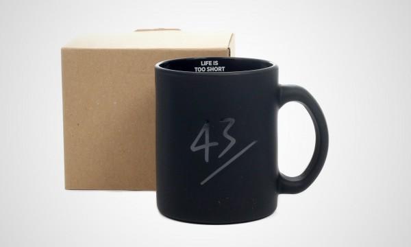 43einhalb-life-is-too-short-tasse-03-lits-mug