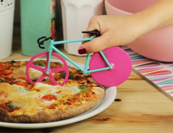 fixi-pizza-cutter-3-650x502
