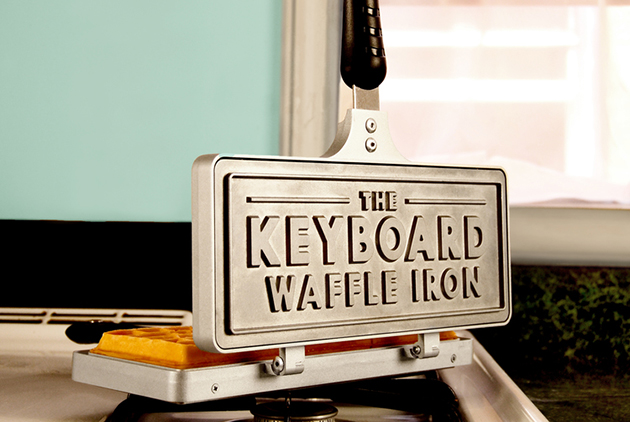 Keyboard-Waffle-Iron-Klonblog3
