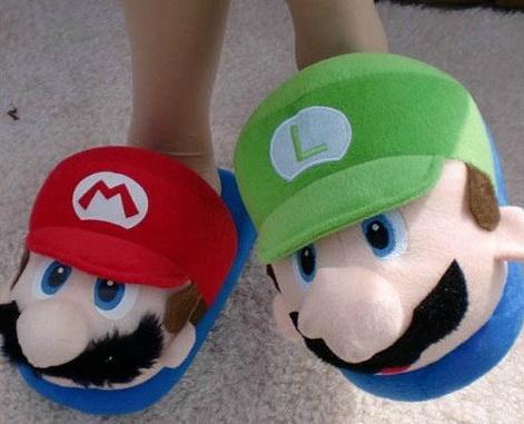 Mario_and_luigi_slippers