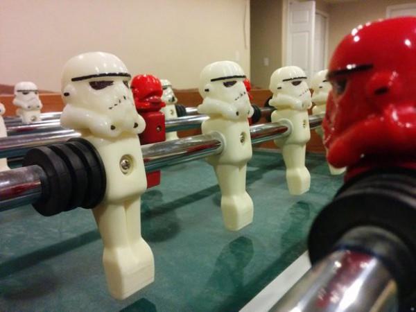stormtrooper_foosball_helmet_by_excite_3-620x465