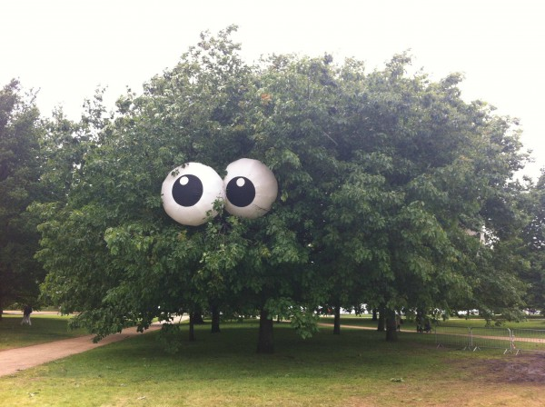 0a8a05689a1e238eb915730aa0357f70-tree-with-giant-eyeballs