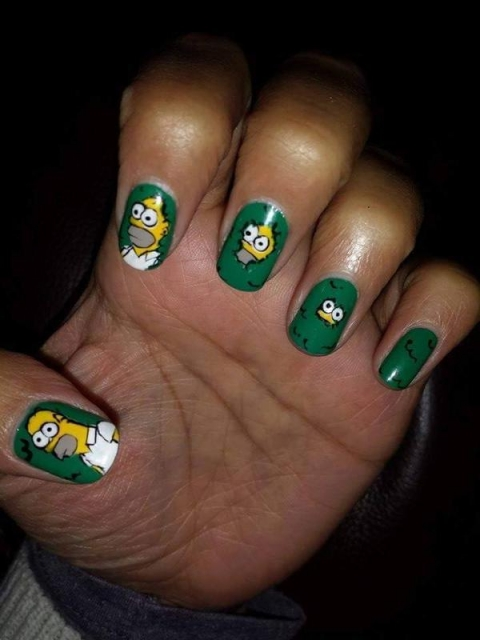 small_homer_hedge_nails