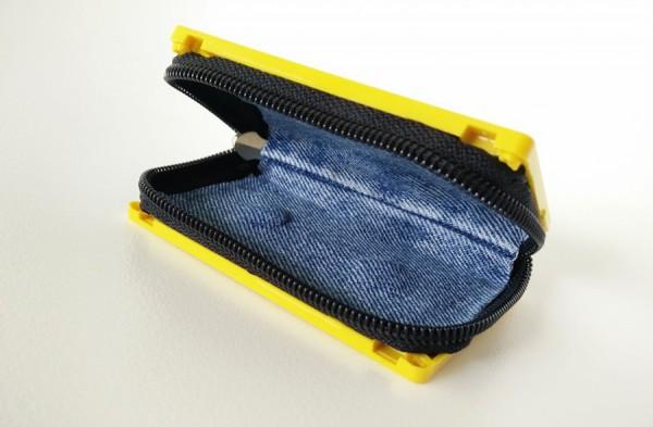 Cassette-Tape-Wallet-Klonblog4