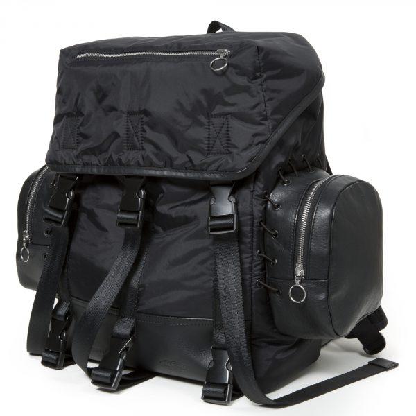 BOLD_Eastpak_TimCoppens_Medium backpack 51P TC Black_02_455€