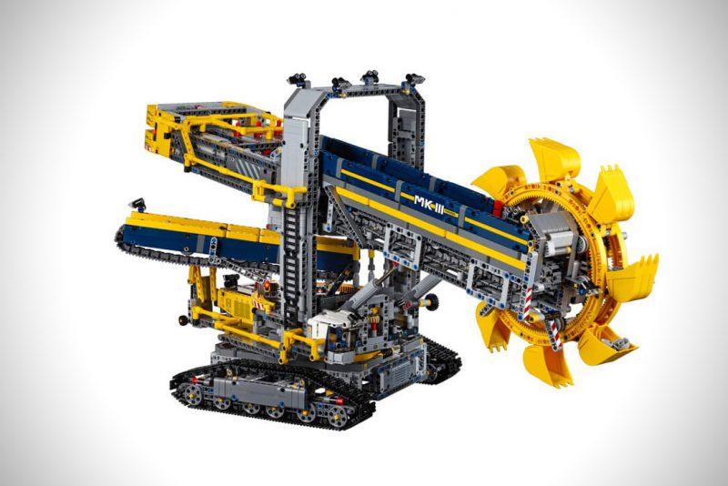 Lego-Technic-Bucket-Wheel-Excavator-3