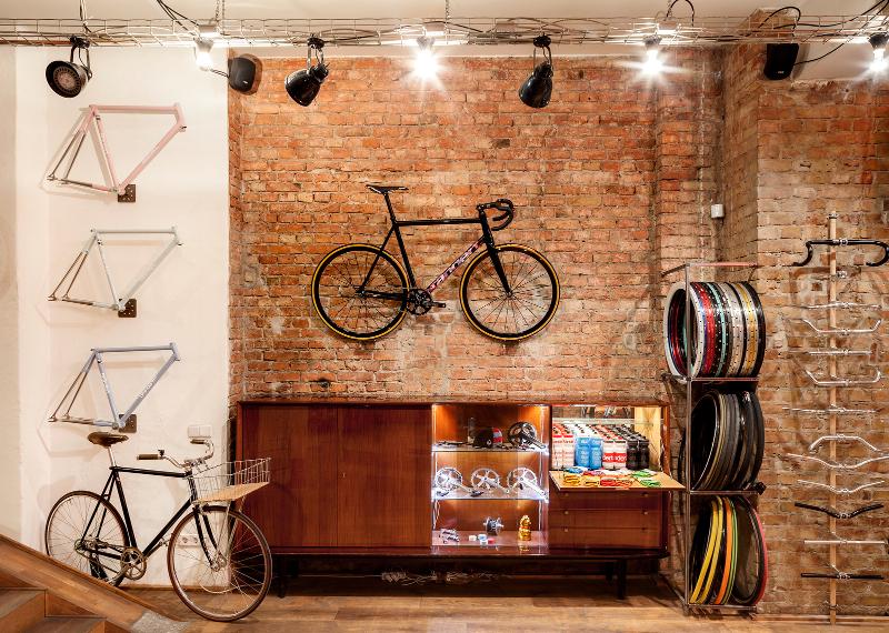 Standert Bicycles Showroom & Café 4