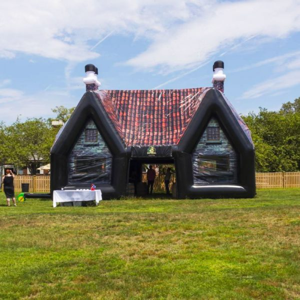 inflatable-pub-exterior-fwx-2