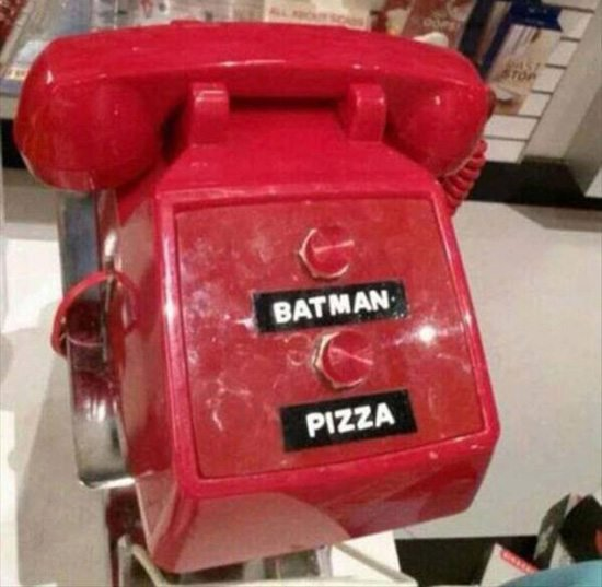 telefon-pizza-batman
