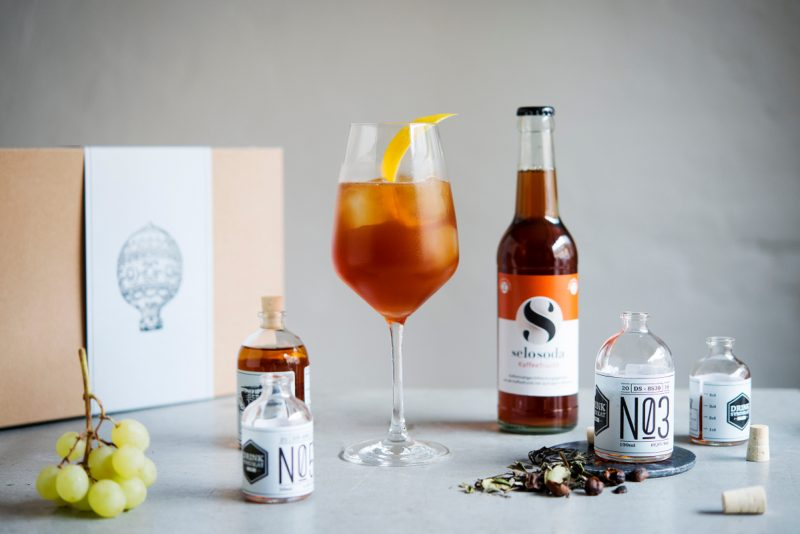 drink_syndikat_selosoda_cocktails_sleepless_panama_mit_box