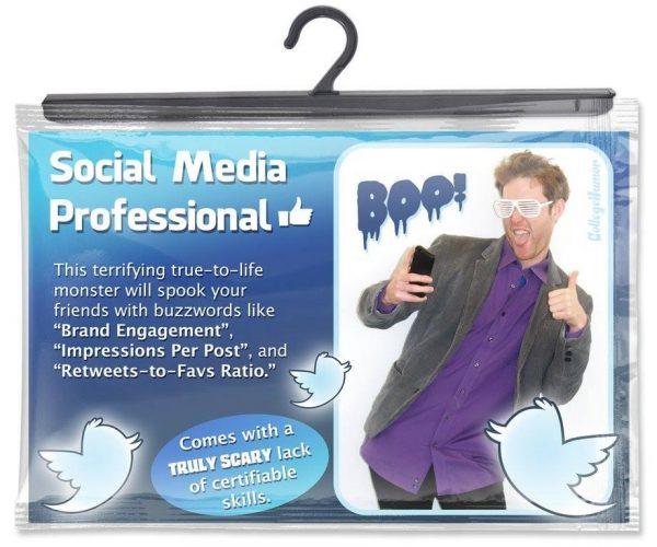 social-media-professional-halloween-kostuem