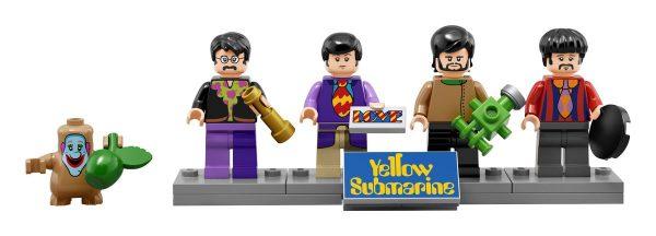 lego-beatles-yellow-submarine2