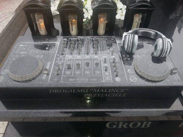 dj-grabstein