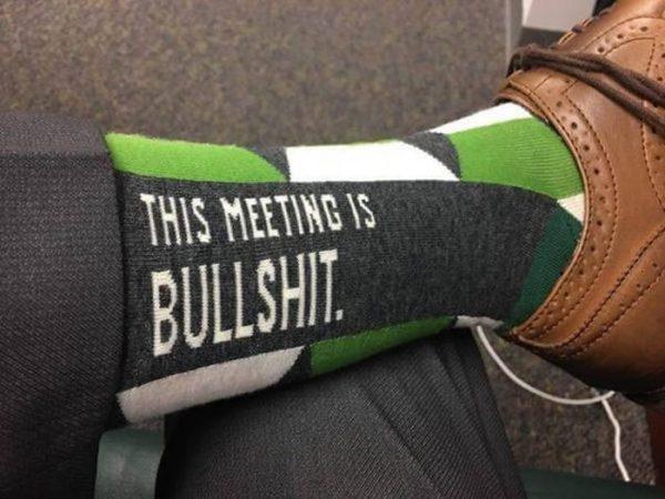 thies-meeting-is-bullshit-socken